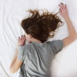 その肌荒れ実は疲れが原因かも?疲れからくる肌荒れを改善する方法