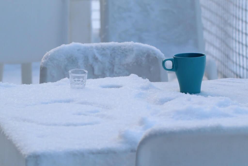 寒い部屋の画像